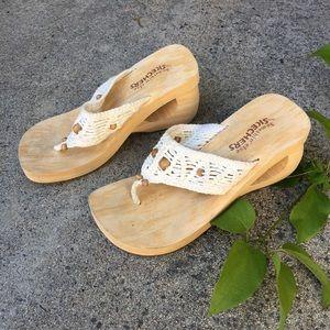 Sketchers Foam Platform Sandals